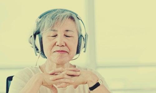 Beneficiile muzicii în bolile neurologice