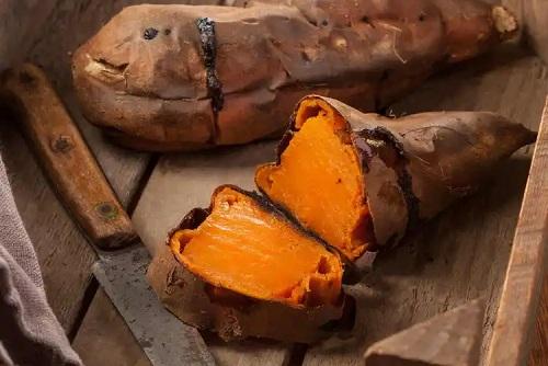 Cartof dulce inclus în dieta paleo pentru copii