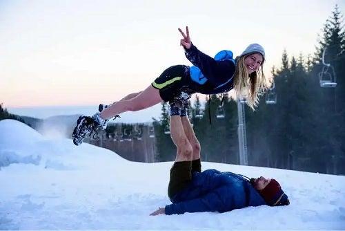 Cuplu în zăpadă