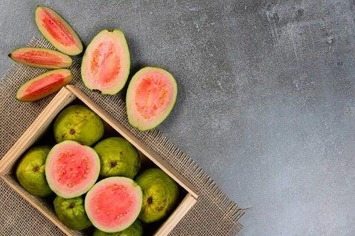 Fructe guava