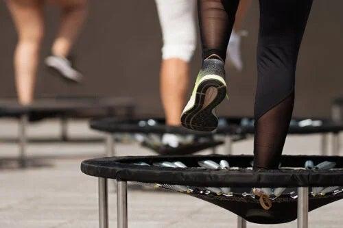 Jumping fitness: cum să-l practici corect?