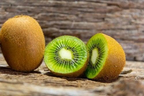 Kiwi proaspăt