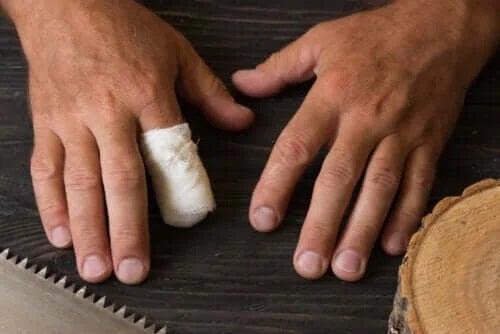 Primul ajutor în caz de amputarea degetului