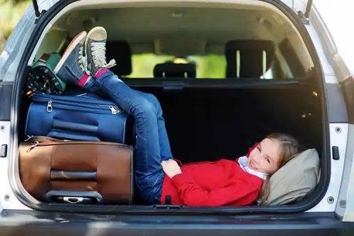 Recomandări pentru călătorii lungi cu copii