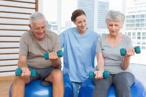 Specialist care știe că sportul scade tensiunea arterială