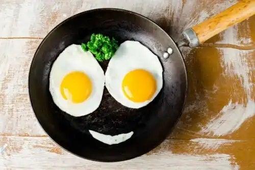 Tigaie cu ouă ochiuri