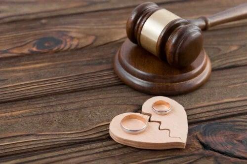 Tipuri de divorț și caracteristici