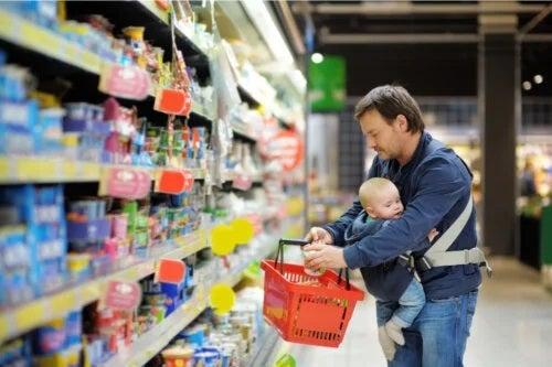Alimentele pentru copii contaminate cu metale grele