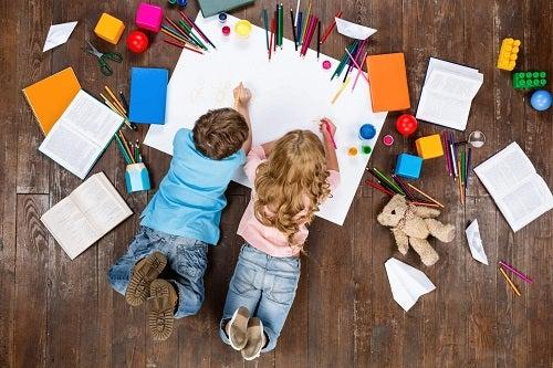 Aflați de ce copiii trebuie să picteze mandale mai des