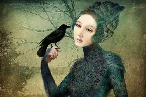Femeie cu un corb pe mână