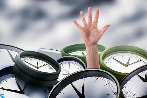 Persoană care duce lipsă de timp