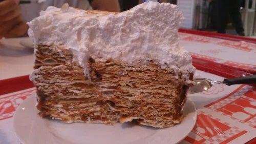 Rețetă de Torta Rogel: ingrediente și instrucțiuni pas cu pas