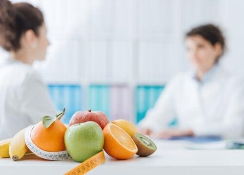 Care este diferența dintre dietetician și nutriționist?