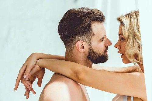 Cuplu care face sex