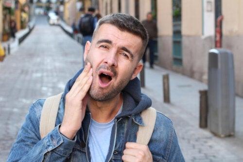 Ce sunt tulburările articulare temporomandibulare?