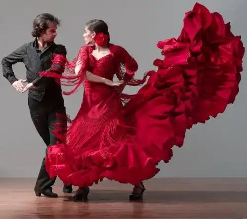 Cuplu dansând flamenco