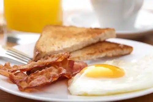 Mic dejun sățios