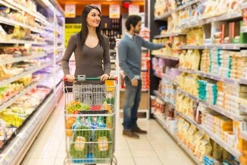 Obiceiuri care îngrașă la cumpărături