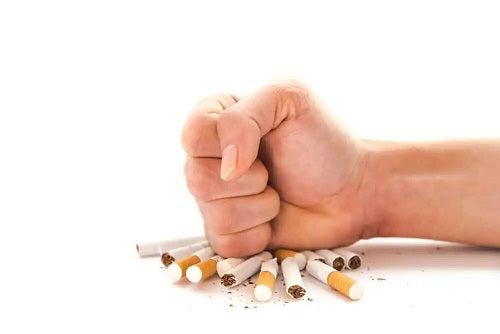 Persoană care renunță la fumat