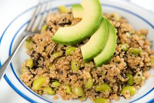5 idei diferite pentru a consuma quinoa la micul dejun