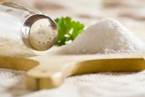 Solniță cu sare