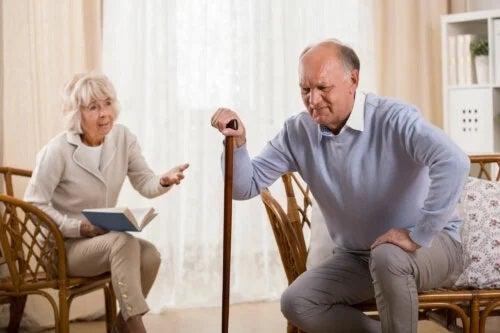 Sindromul post-cădere la adulții în vârstă: pericole nebănuite