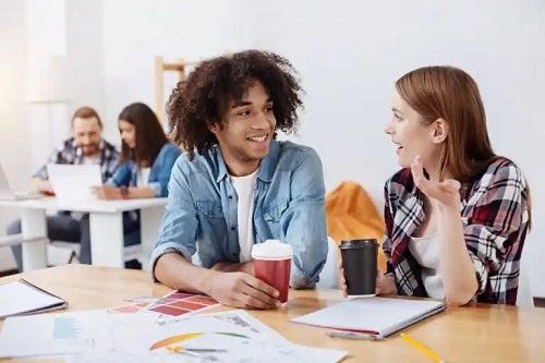 10 abilități de comunicare și importanța acestora