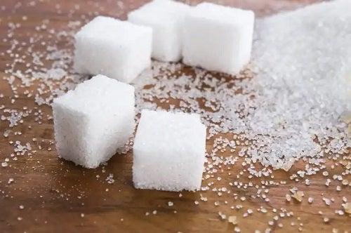Cum afectează zahărul organismul: tot ce trebuie să știți