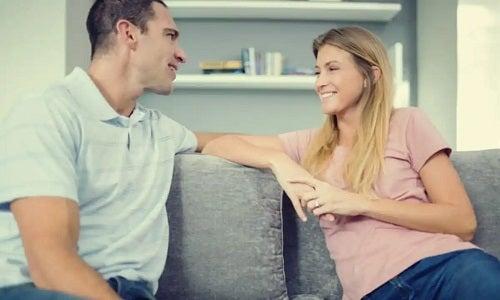 Bărbat ce cunoaște sfaturi pentru a fi un soț bun