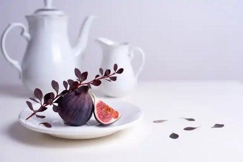 Ceaiul din frunze de smochin: beneficii și cum se prepară