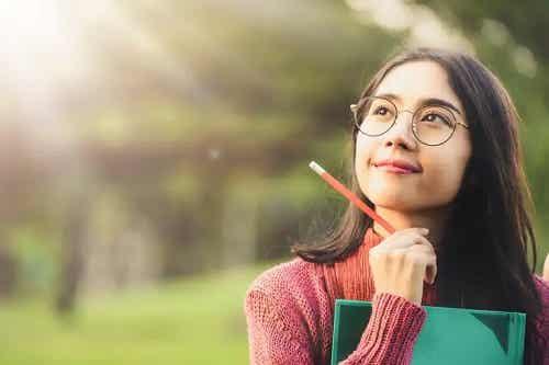 Învață să elimini gândurile negative