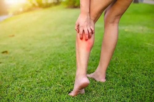 10 sfaturi pentru îngrijirea pielii cu urticarie cronică vara