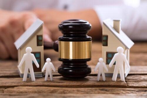 Tot ce trebuie să știți despre educația copiilor după divorț